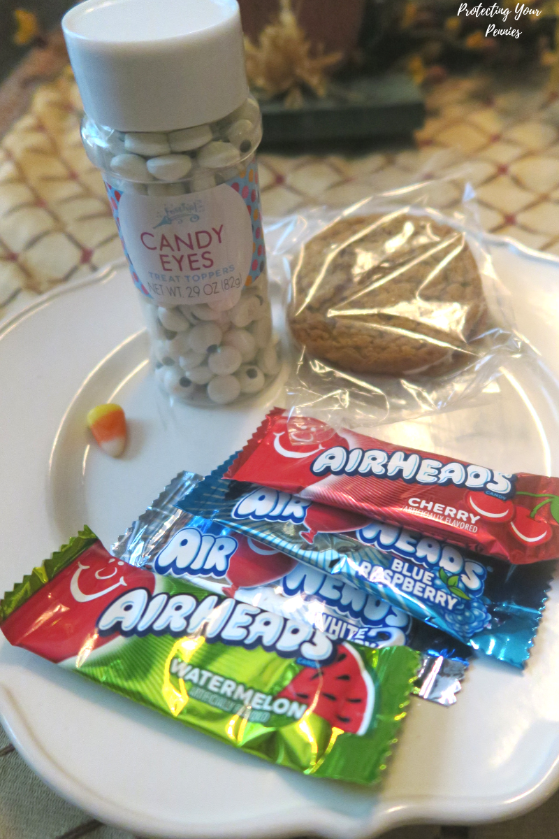Store Bought Ingredients for oatmeal cream pie turkey treat DIY Thanksgiving dessert for kids